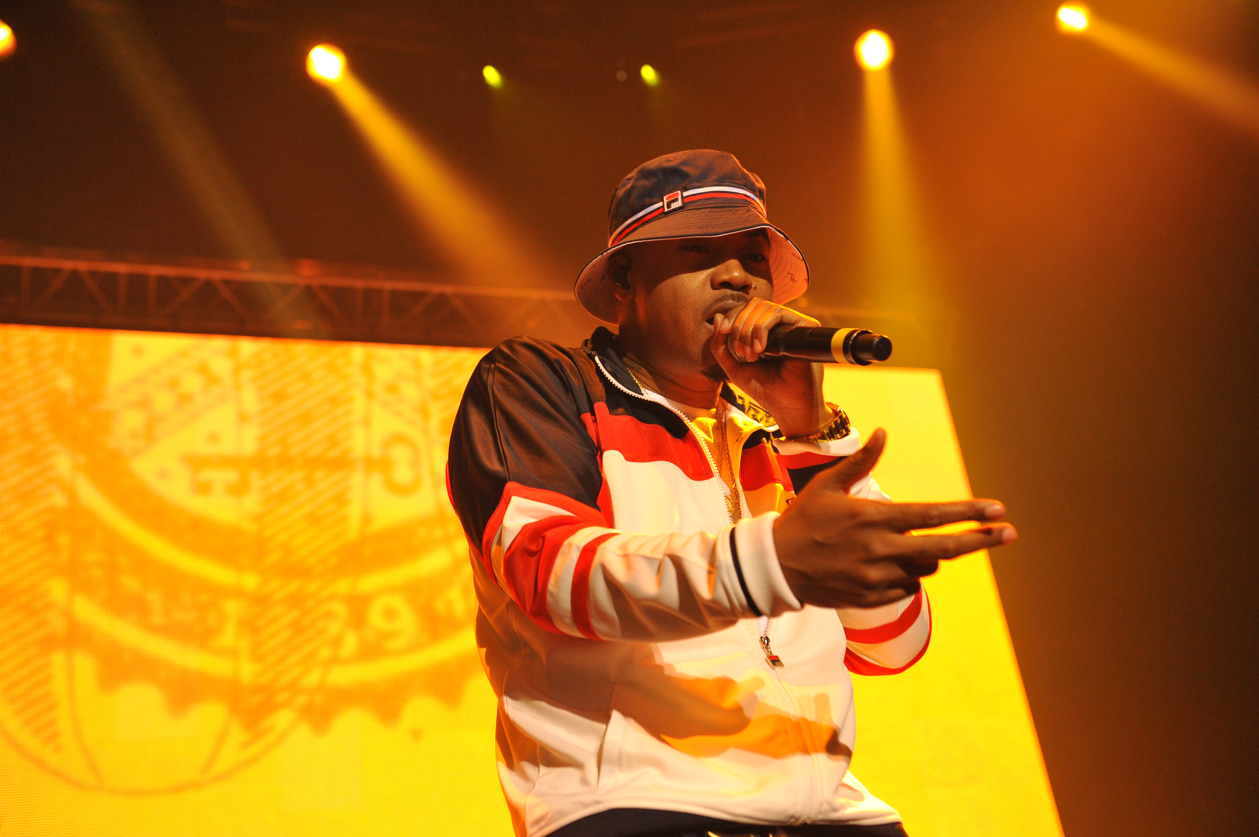 NAS Performs At The Roundhouse