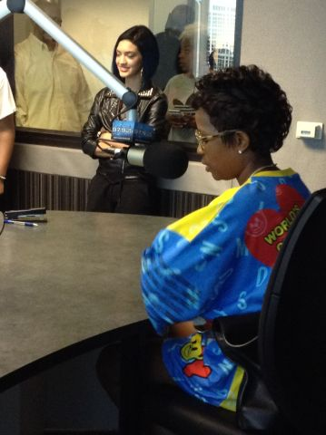 Dej Loaf @ the 97.9 THE BEAT Studio!