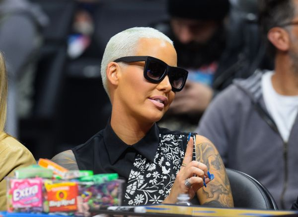 """Amber Rose Used To Lure Girls Into """"Agency"""" Connected To"""