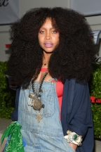 25 Facts About Erykah Badu From Her 726 Head Wraps To Her Celebrity Crush