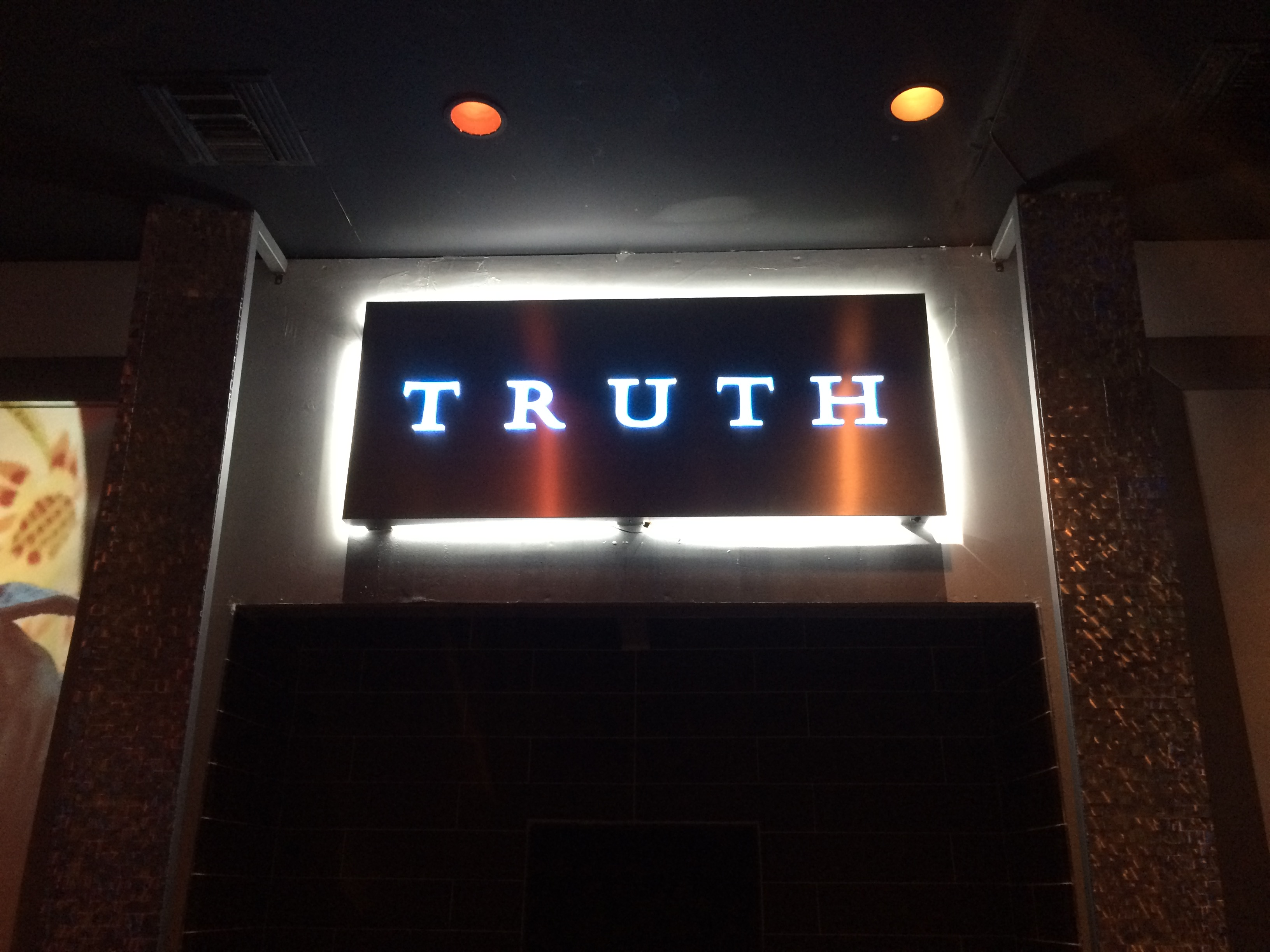 BOOM 94.5 @ Truth Nightclub