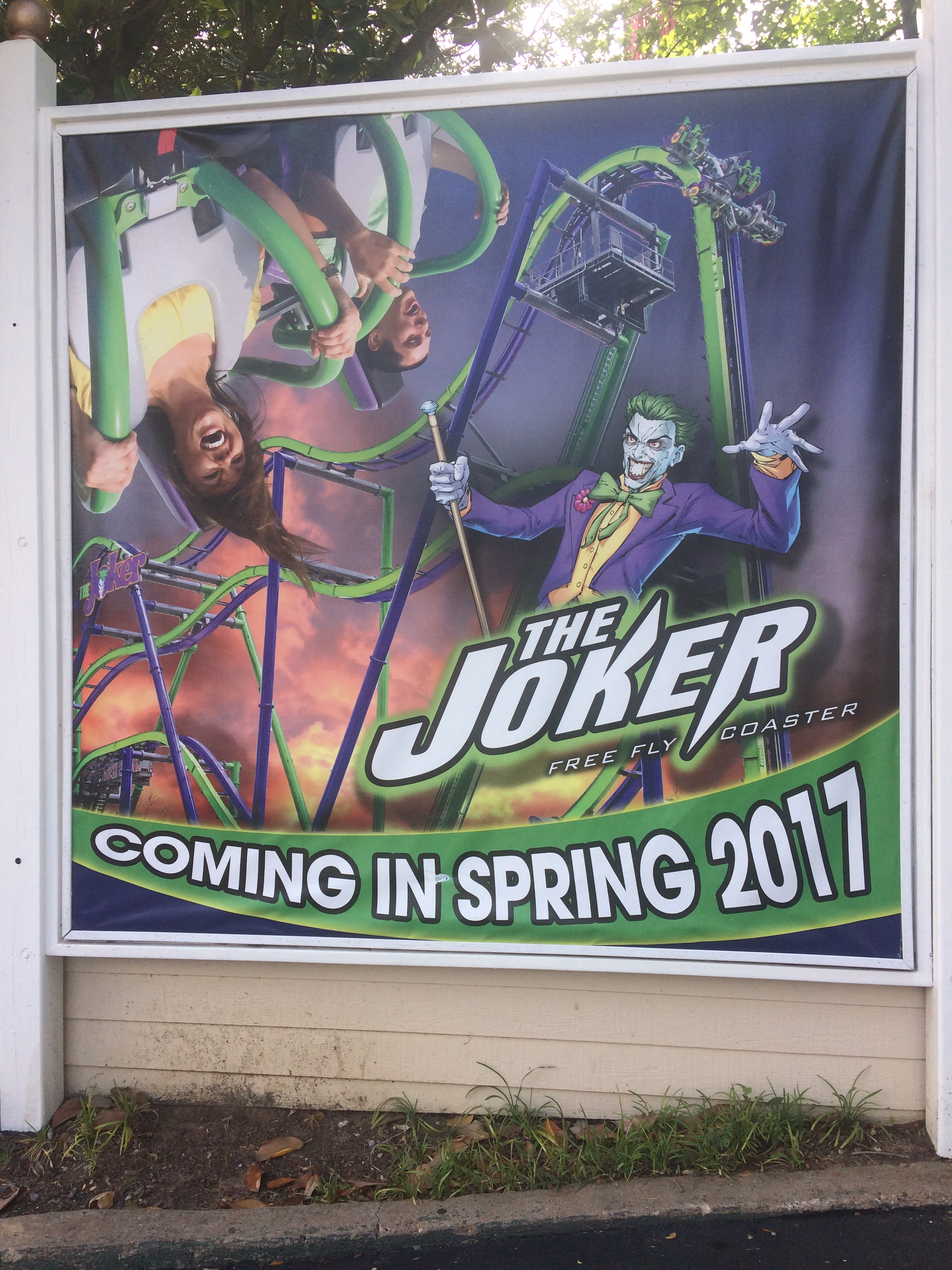 Six Flags Over Texas New Ride: The Joker