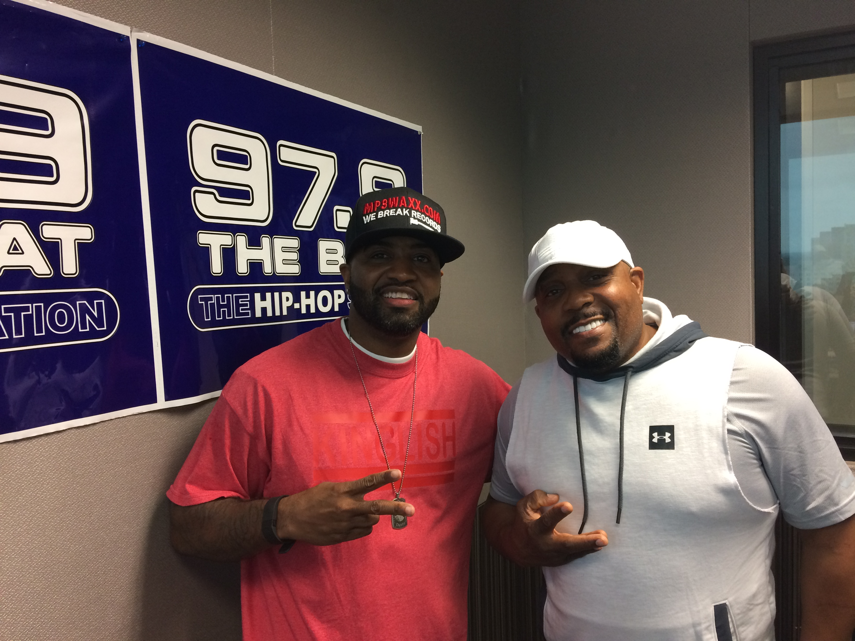 Arnez J at 97.9 The Beat