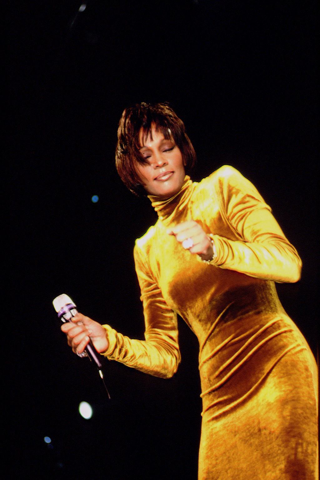 WHITNEY HOUSTON IN CONCERT IN BERCY