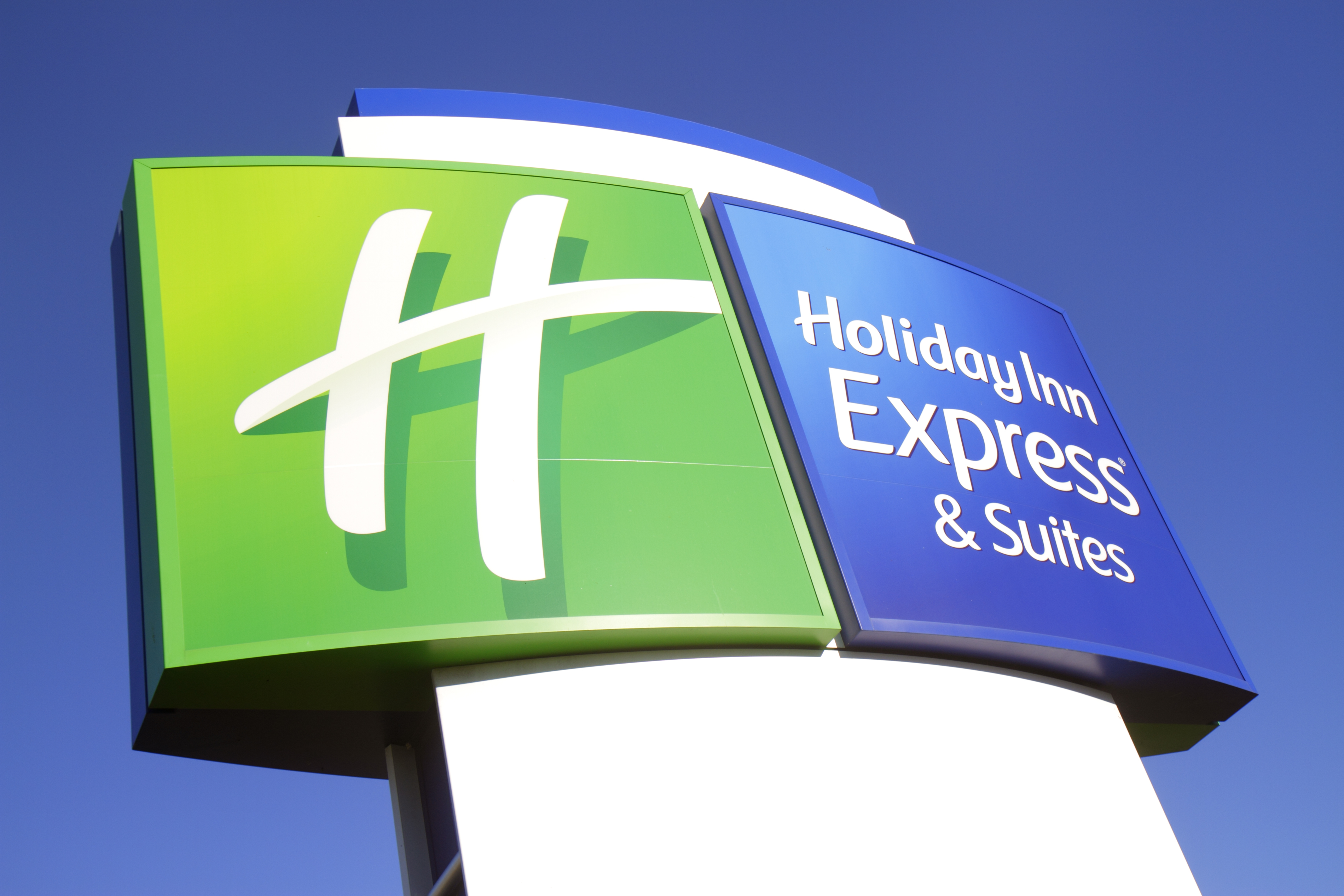 Holiday Inn Express and Suites sign in Vaca Key.