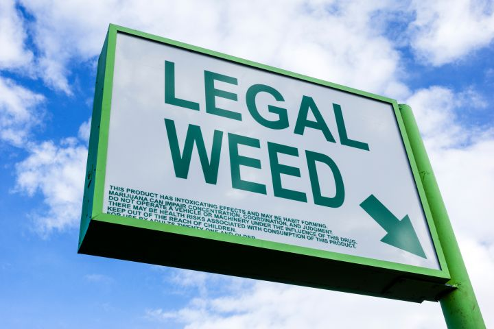 legal weed (marijuana) store sign