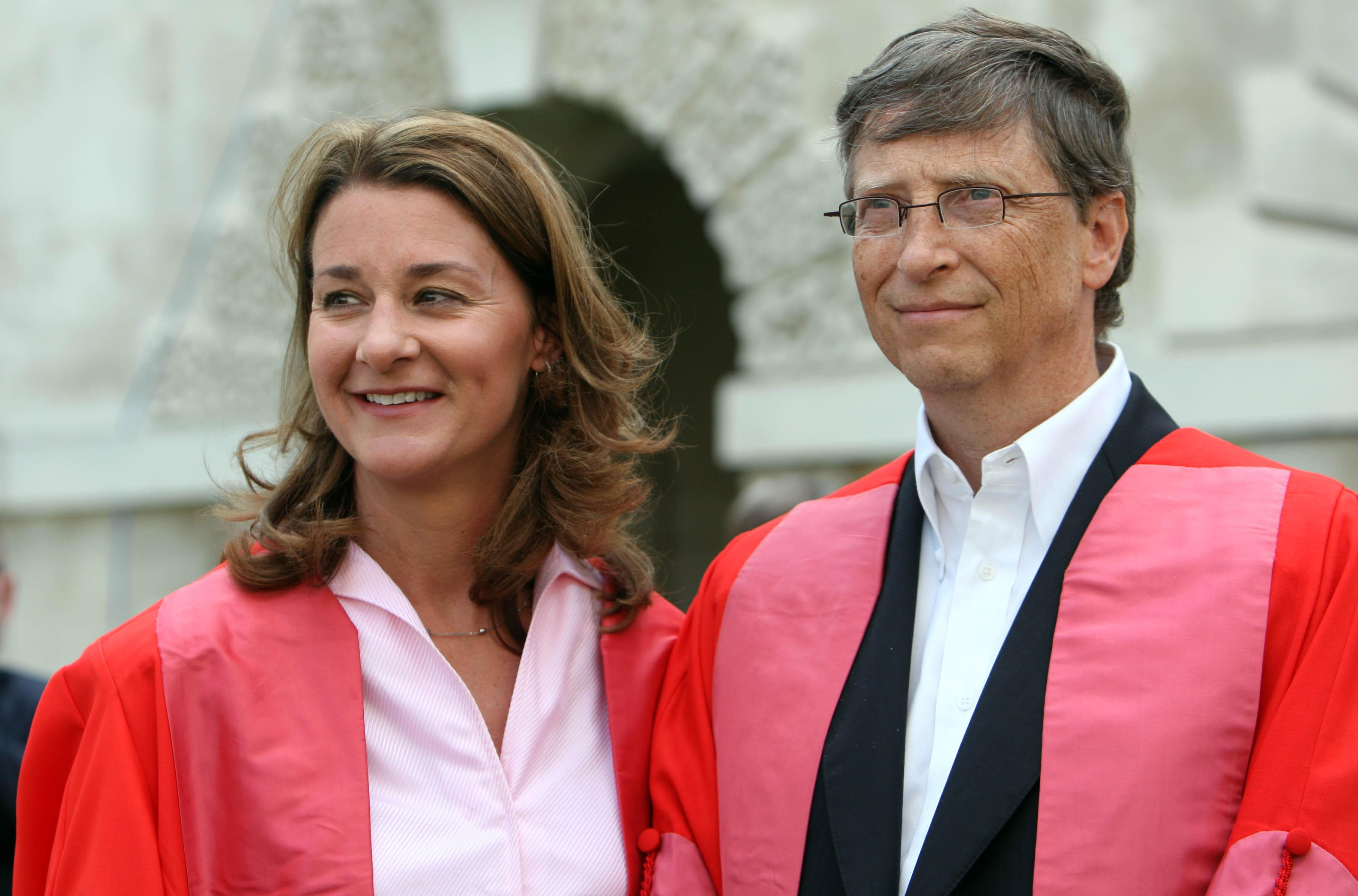 Cambridge University awards honorary Doctorates