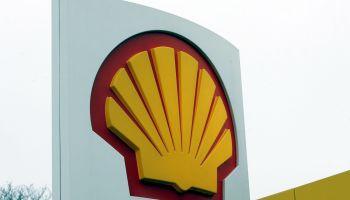 Shell annouces profits