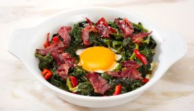 Spinach with Egg and Bacon