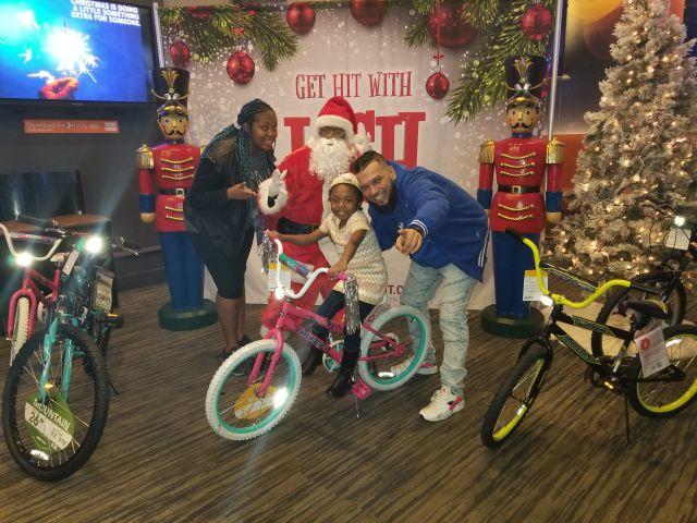 IJustGotHit.com Bike Giveaway 2018 At Dave & Busters (PHOTOS)