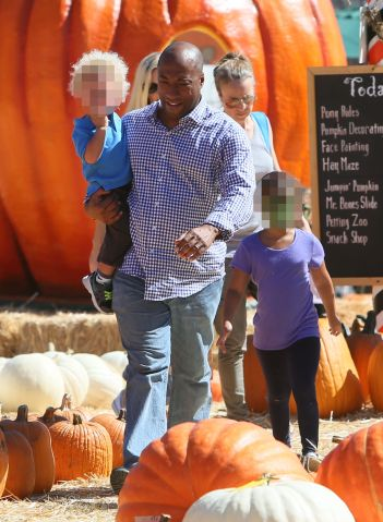 Byron Allen and family at Mr Bones Pumpkin Patch