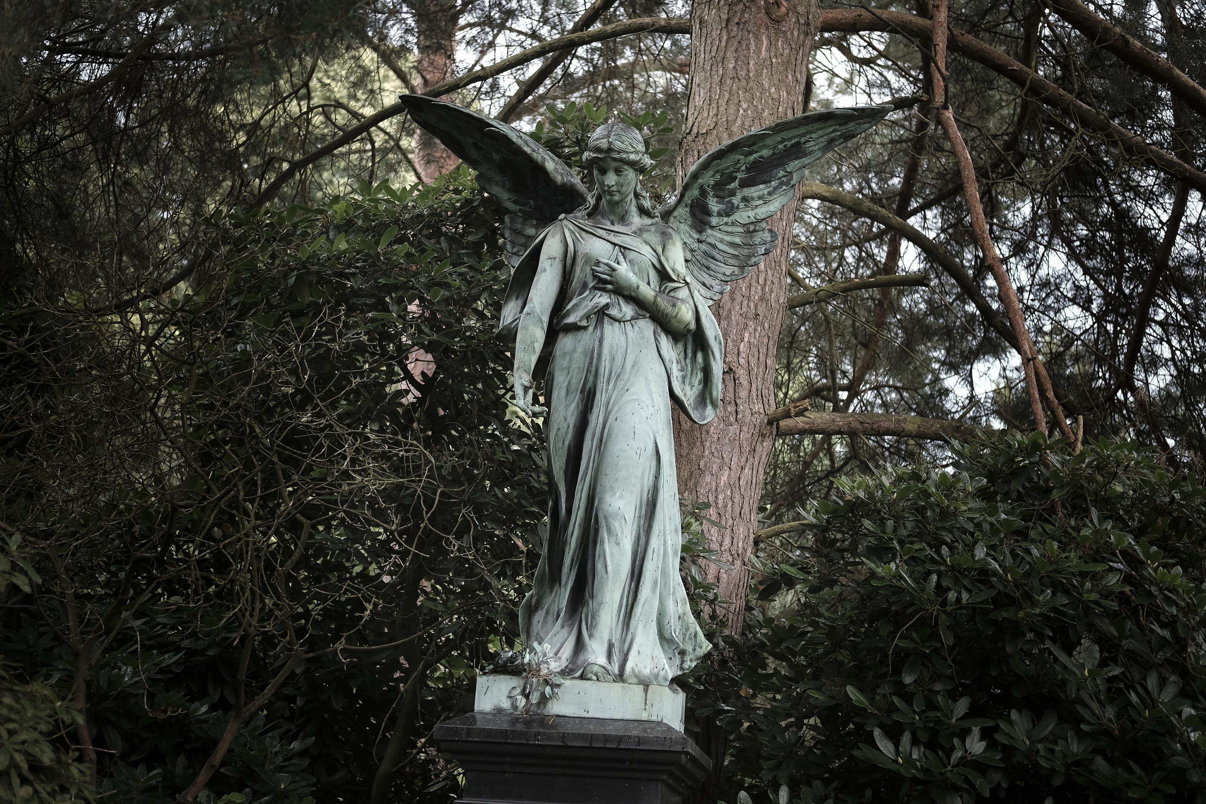 Ohlsdorf Cemetery in Hamburg